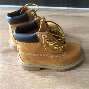Toddler timberland boots size 8